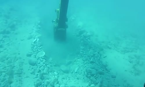 awesome machinery incredible excavator can digging under water most amazing heavy equipment