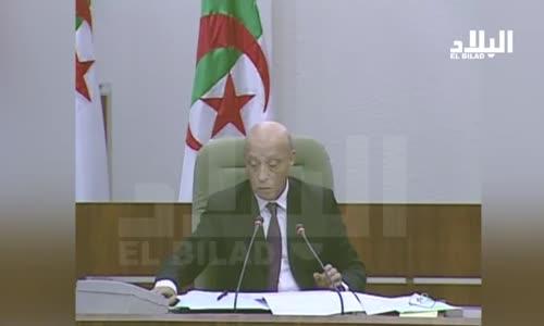 النائب 'سبيسيفيك'..خرجة مثيرة مع وزير الصناعة عبد السلام بوشواب عندك  جنسيتين