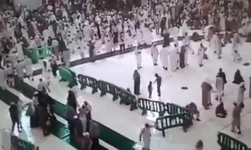  فيديو يعرض لأول مرة من تصوير كاميرات الحرم المكي يظهر لحظة وقوع الرافعة على الحجاج.