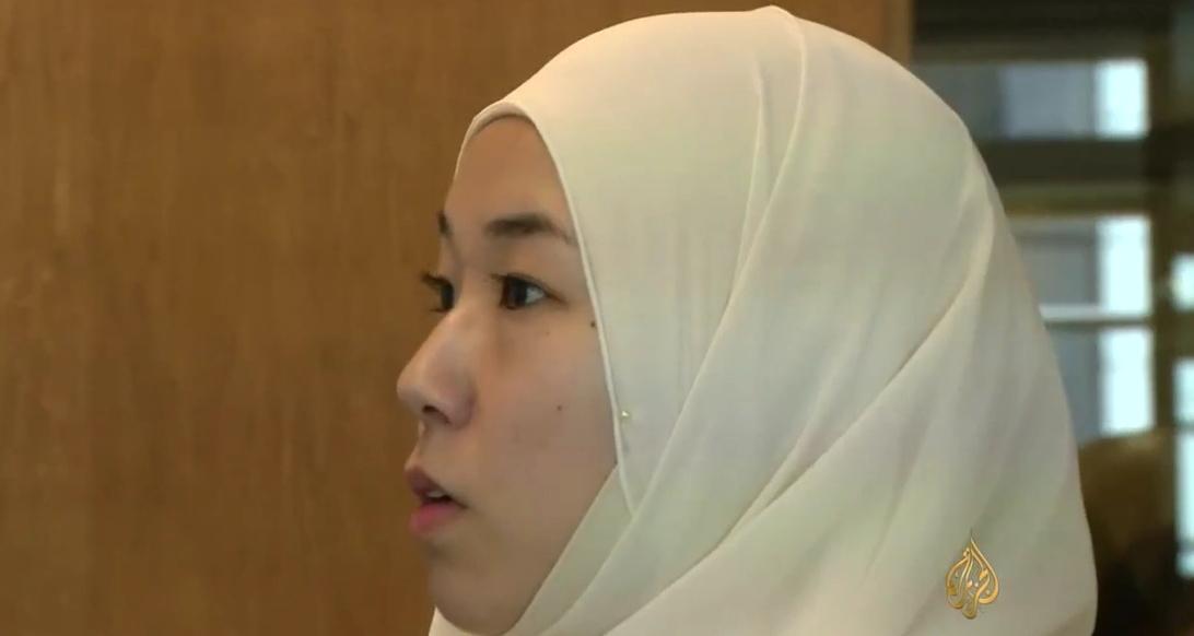 ريزا يابانية مسلمة متحجبة  كيف تعيش حياتها في اليابان