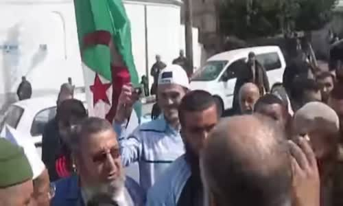 الشيخ علي بن حاج  العزة والحرية