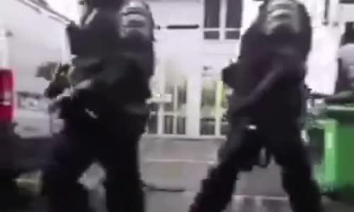 الدليل الصارخ على دعم من الشرطة الفرنسية إلى رابطة الدفاع اليهودية
