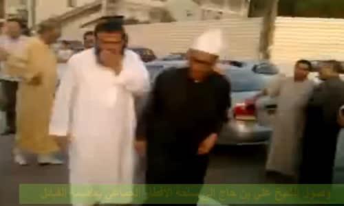 وصول الشيخ علي بن حاج إلى ساحة الإفطار الجماعي بتيزي وزو