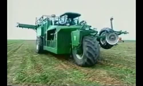 Grimmway Farms  الات زراعية عملاقة