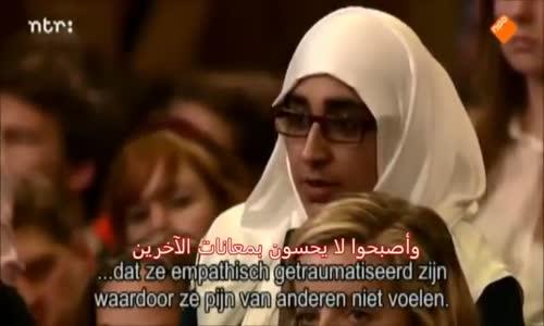 فيديو _ جامعيون هولنديون يحاورون رئيس _دولة إسرائيل_ بيريز ، ويحرجونه !