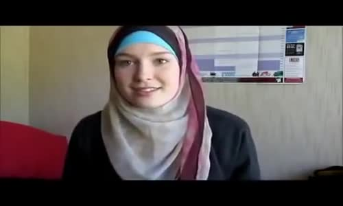 Former Model Converts to Islam  Amazing Story