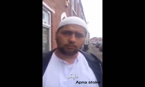 رجل يمثل أنه مسلم من أجل الحصول على المال (مترجم)
