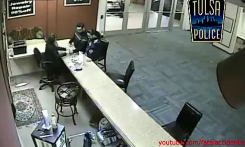 Stealing $20000 Cash No Weapons