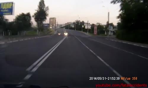 Drunk Guy No Helmet Head on Motorbike Crash