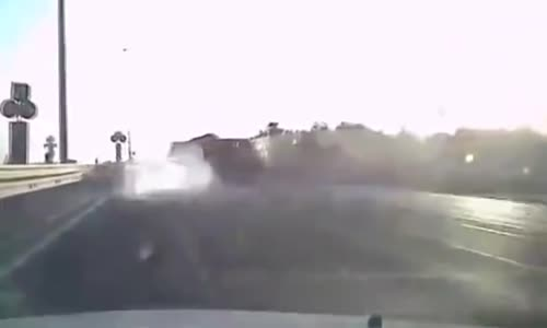 Trapped driver burned alive after truck collision