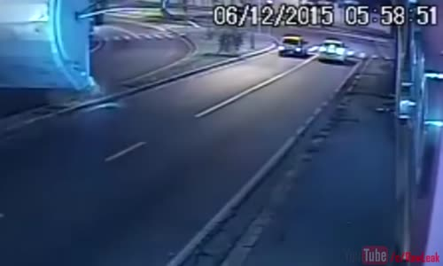 Motorcycle Deadly Collision with Lamp Post