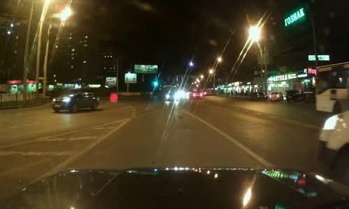 Gazelle truck vs. Lada 2107