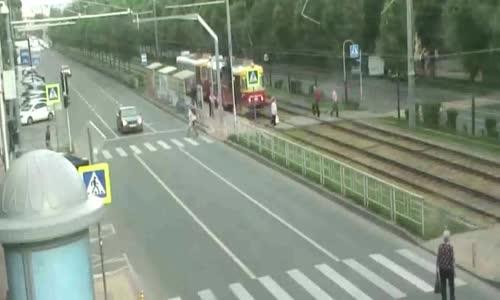 Man fatally strikes car at high speed