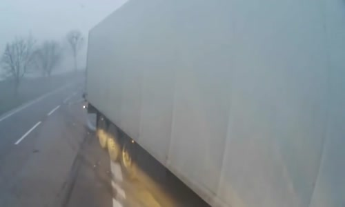Lorry lost control