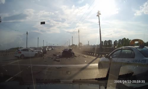 Ford Focus vs Toyota Camry in head-on collision