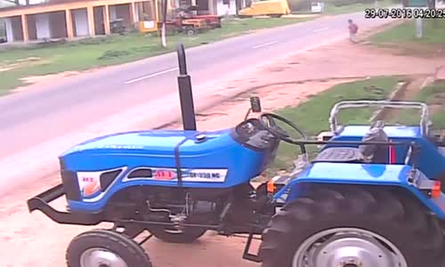 That's a nice tractor