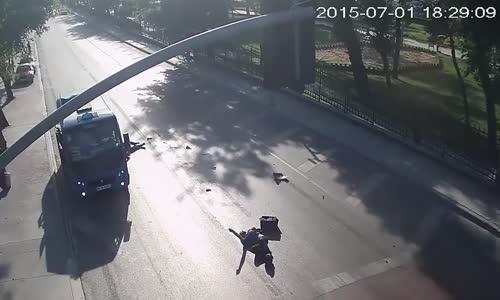 Terrible fatal scooter crash