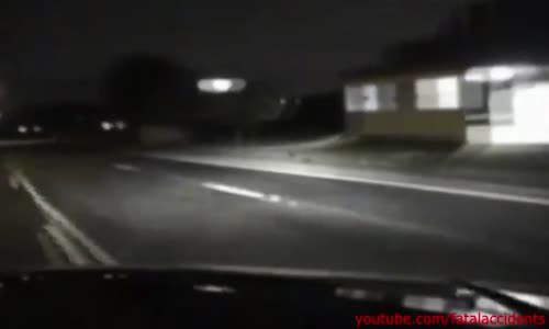 Police Dash Cam Shows Thieves Tossing Chainsaws at Police