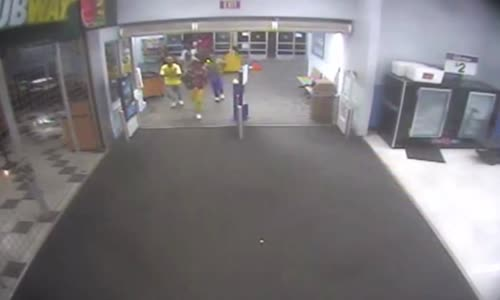 Teen Mob Rampages_Trashes WalMart