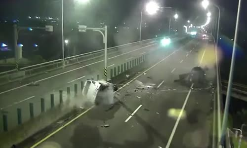 Head on collision with wrong way driver