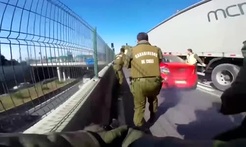 Dramatic Chile car chase ends with gunfire