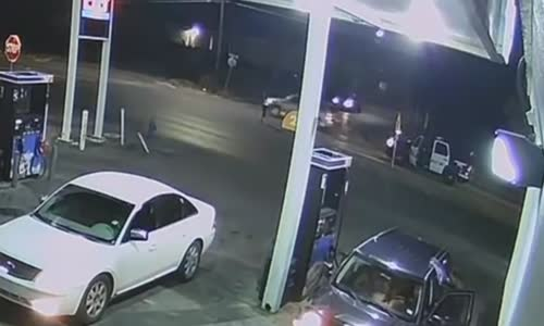 Police kill armed man in Houston