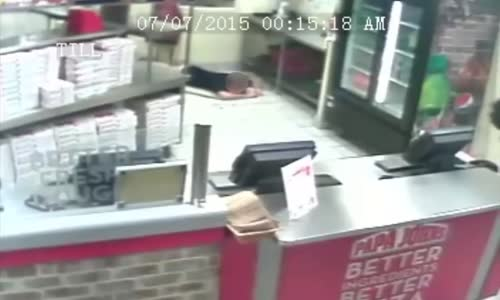 Tampa Papa Johns gets robbed by Ninjas