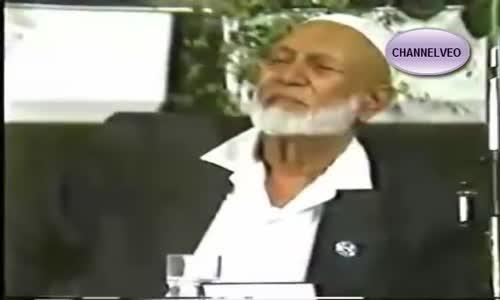 مسيحي يسأل  ربك يتناقد و يكذب شاهد كيف رد عليه احمد ديدات