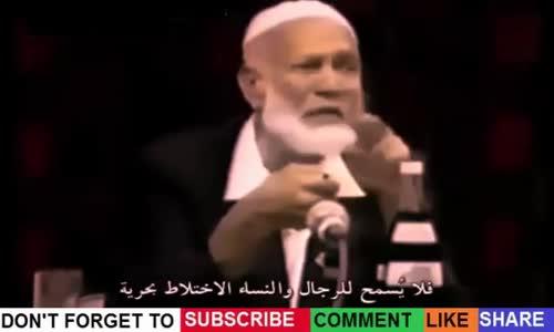 نصرانية تسأل لماذا لا تصلي المرأة  بجانب الرجل  في المسجد يجيب الشيخ احمد ديدات