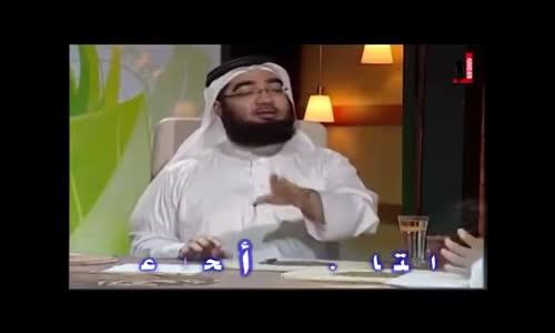 الشيخ  ينفجر من الضحك وضحك المقدم معاه ههههه