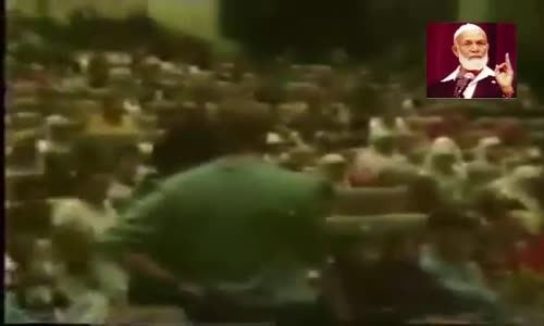 كلام خطير لمسيحي يدعي أن محمد أخد القرآن من خديجة لانها مسيحية  ~الله يرحمك احمد ديدات قاهر المنصرين