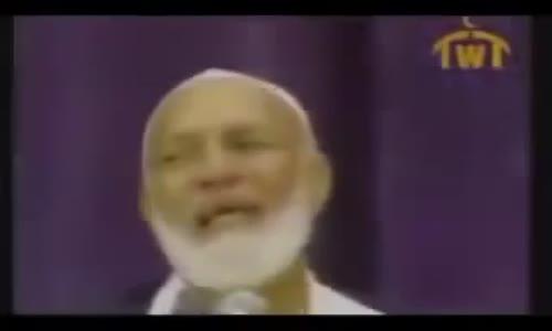 في اقل من دقيقتين الشيخ احمد ديدات يفحم المسيحي جيمي سواجرت برد رائع ما شاء الله