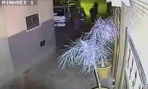 سرقة شنطة سيدة باستخدام الساطور في المغرب