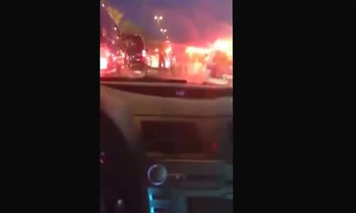الشرطة السعودية تلقي القبض على امير يتهدد على شرطي في شارع عام