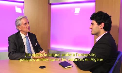 لما ذا يقرر الدبلوماسيون الفرنسيون دراسة العربية؟ اللغة العربية  في عيون سفير فرنسا