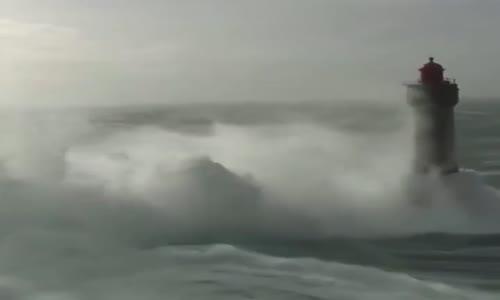 غضب البحر