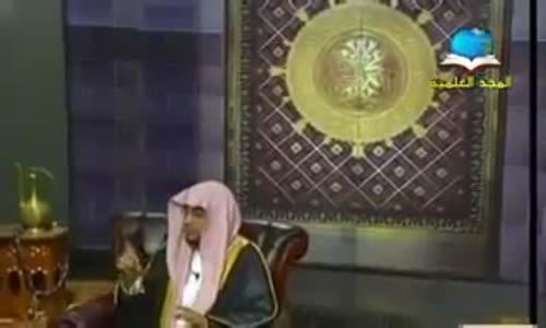 فضل الصلاة على النبي صلى الله عليه وسلم يوم الجمعه