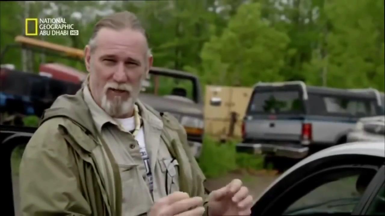 وثائقي - البقاء في ظروف قاسية الشواء على الشاحنات 1 dirty rotten survival