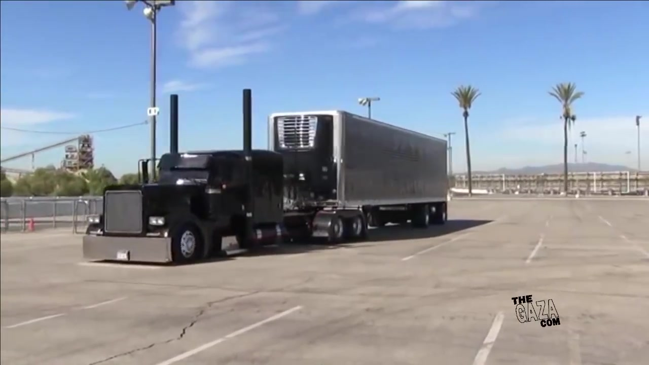شاحنات عملاقة Flaco's Rat Rod Peterbilt