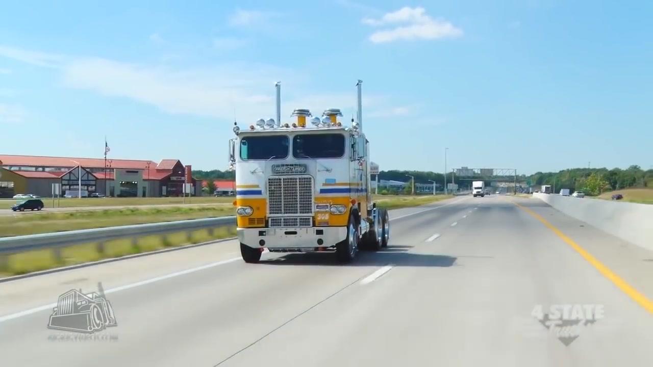 شاحنات عملاقة 5_4 Young Trucking & Son