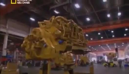 مصانع عملاقة _ Caterpillar 797
