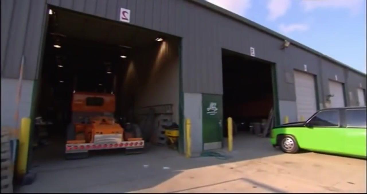 الشاحنات العملاقة IOWA 80  وثائقي _ سائقوا شاحنات الامركية