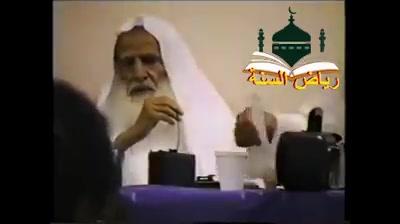 يشهدون الشهادتين ولا يقيمون الصلاة ولايصومون رمضان ولاغيره من أركان الإسلام فما حكم هؤلاء في الإسلام