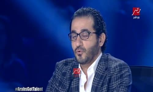 شاهد قبل الحذف سبب بكاء احمد حلمي في برنامج مواهب العرب ..