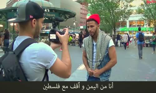 أمريكي يتحدي شاب عربي من اليمن بالملاكمة   وهو صائم في شوارع مدينة نيويورك - شاهد من انتصر!