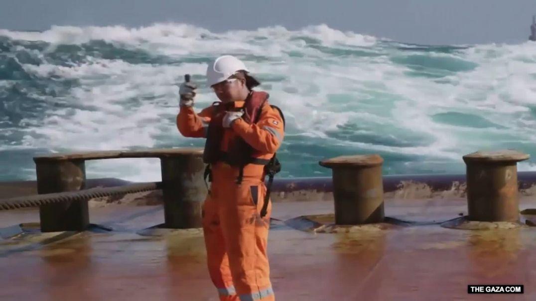 عمليات نقل عملاقة: منصة النفط اثقل عملية سحب في العالم 2021