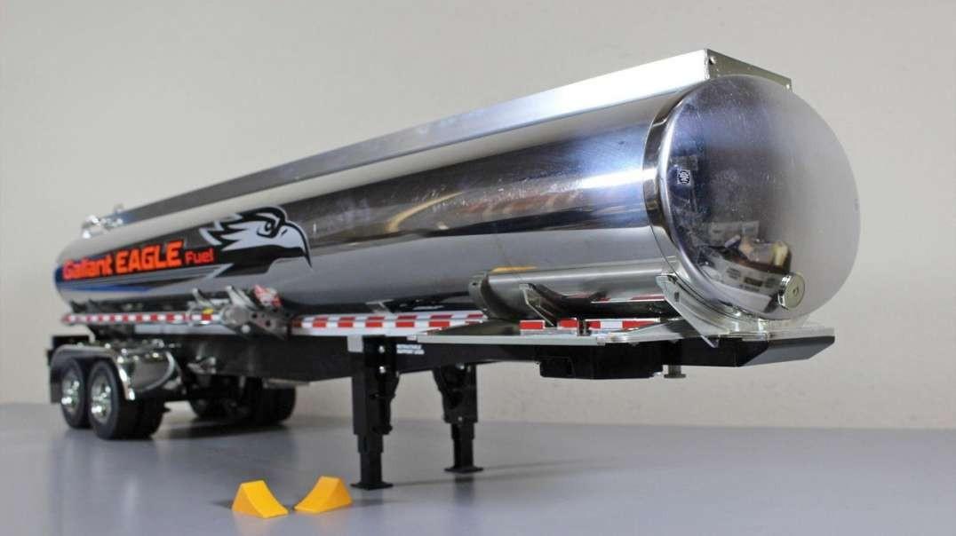 مصانع عملاقة: صهريج الغاز2021