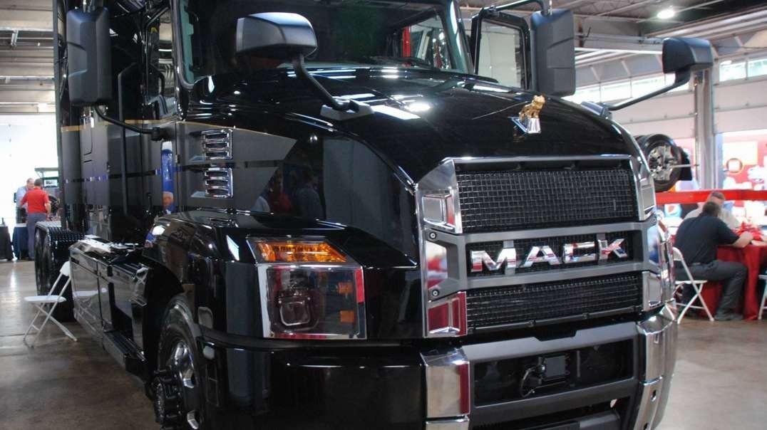 وثائقي: اصعب المهن سائقو الشاحنات HD